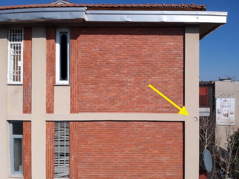 Dasù-certificato-idoneità-statica-drone-facciata-mattoni