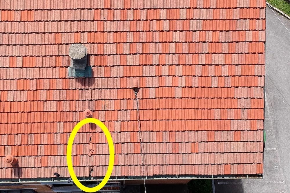 Controllo Periodico delle Tegole del Tetto Condominiale con Drone
