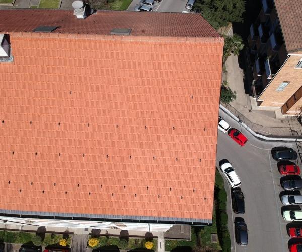 Dasù-ispezione-condominio-tetto-drone