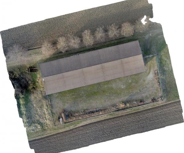 Dasù-rilievo-capannone-drone