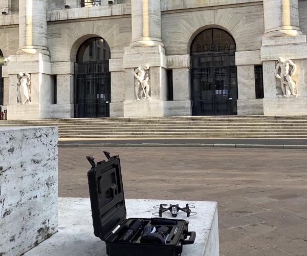 Rilievo con Drone e Distolaser della Facciata di Palazzo Mezzanotte (Piazza Affari, Milano)