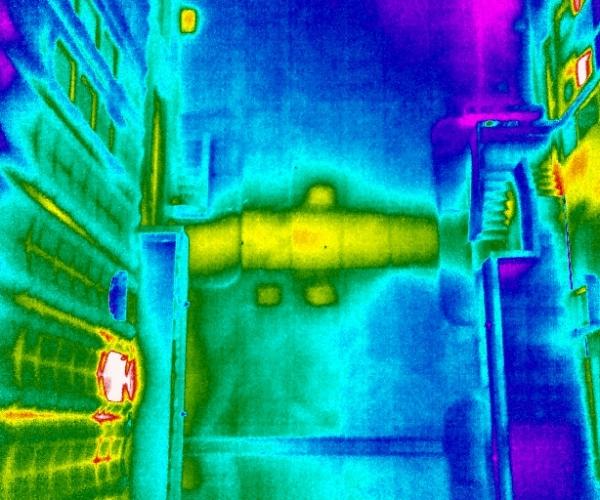 Dasù-termografia-condominio-teleriscaldamento-milano-drone
