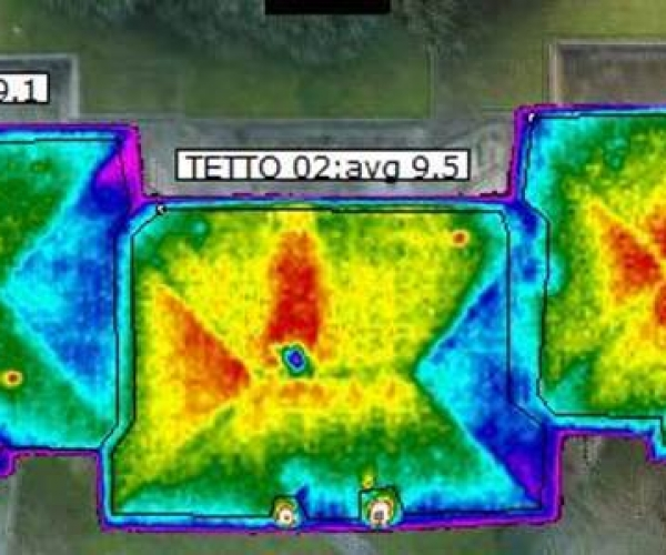 Dasù-termografia-tetto-villa-drone